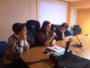 Licia Aquino (ostetrica), Francesca Alberti (presidente Innecesareo) e Teresa Pittelli (giornalista)